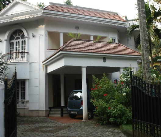 Common Grounds Guest House Calicut